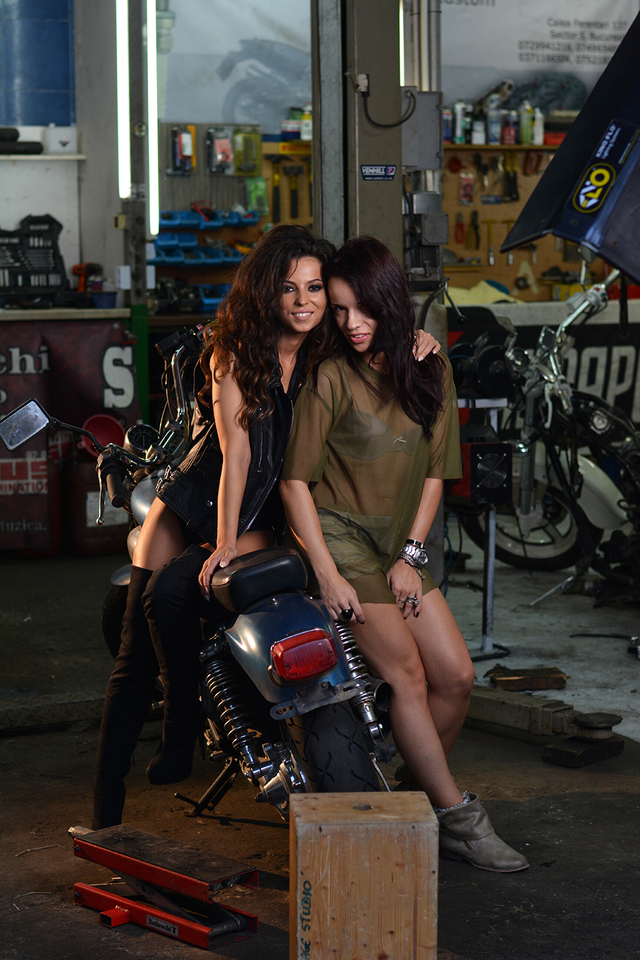 ami-niste-dragoste-videoclip-2016-014