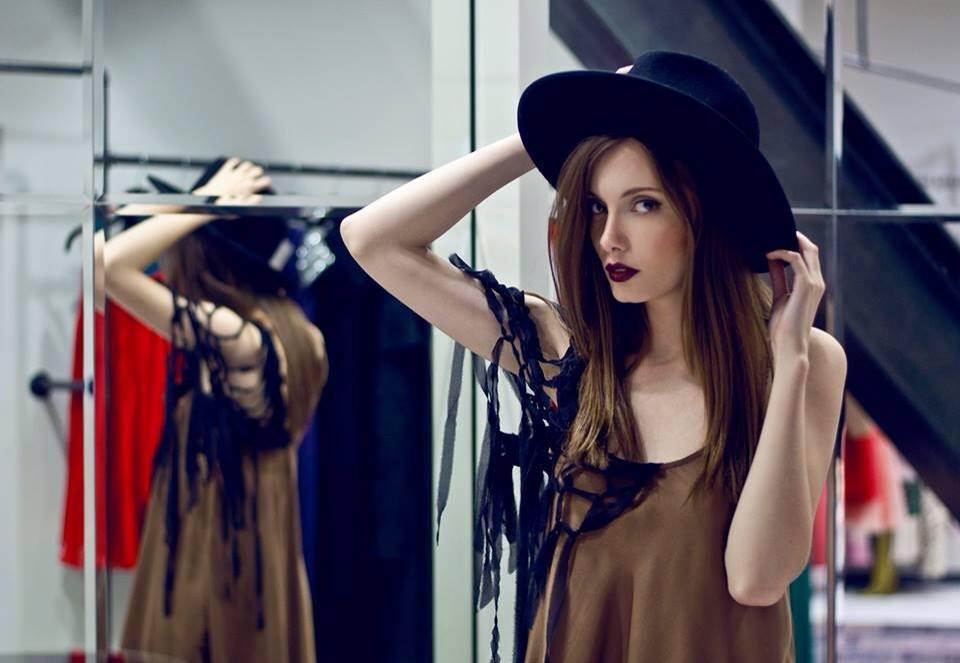 Shootings – Galeria Designerilor Romani – Cocor – Hilda (20)